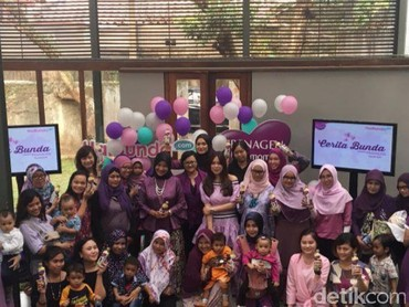 Ini peserta yang hadir ke acara Cerita Bunda bersama Prenagen Lactamom di kawasan Kemang, Jakarta Selatan, pada Sabtu 5 Agustus 2017. Adakah foto Bunda di situ?