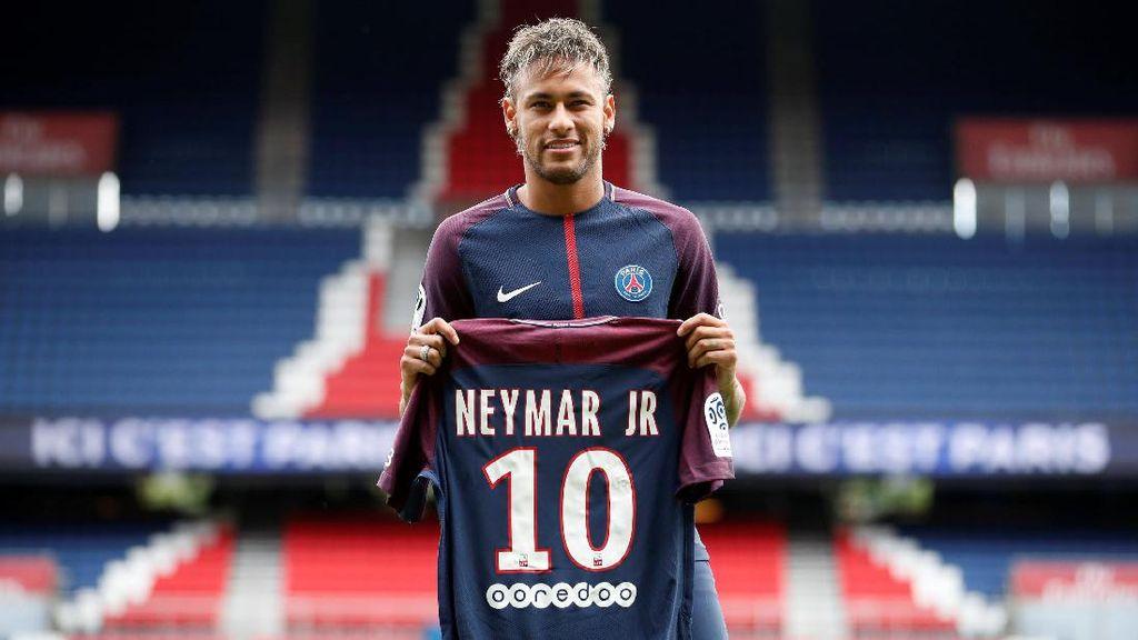 Pique: Kepergian Neymar Melukai Barca