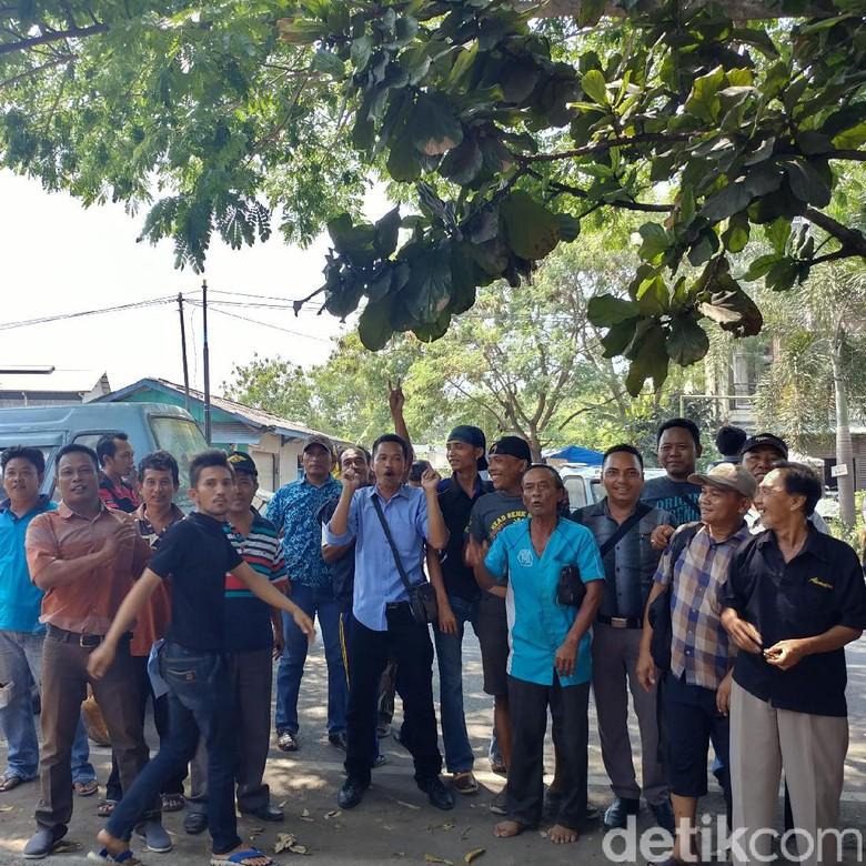 Curhatan Sopir Angkot di Cirebon yang Kini Sepi Penumpang