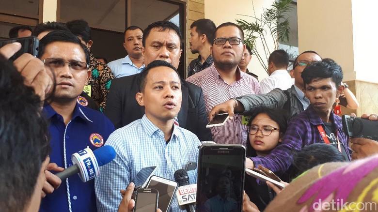Acho Ditawari Mediasi Pihak Apartemen Asal Hapus Tulisan di Blog