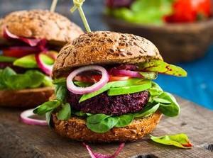 6 Cara Ini Bisa Bikin Burger Jadi Santapan yang Lebih Sehat