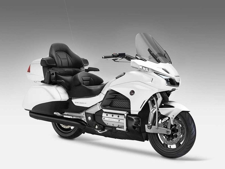 Honda Gold Wing Behemoth Tampil Mewah