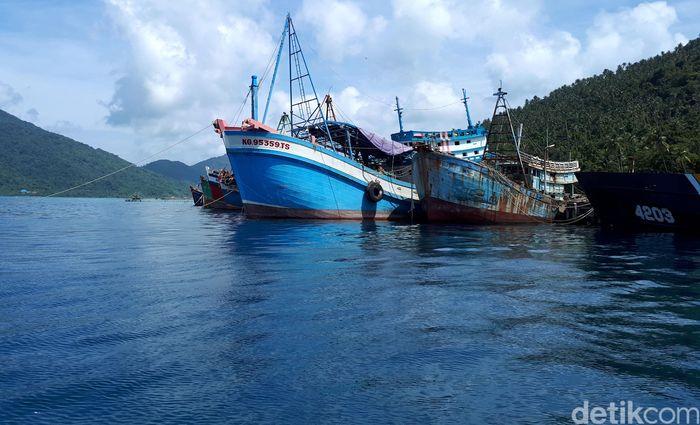 Kapal-kapal asing pencuri ikan tersebut memiliki ukuran yang bervariasi antara 70 GT hingga 230 GT.