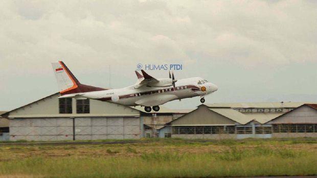 Pesawat CN235