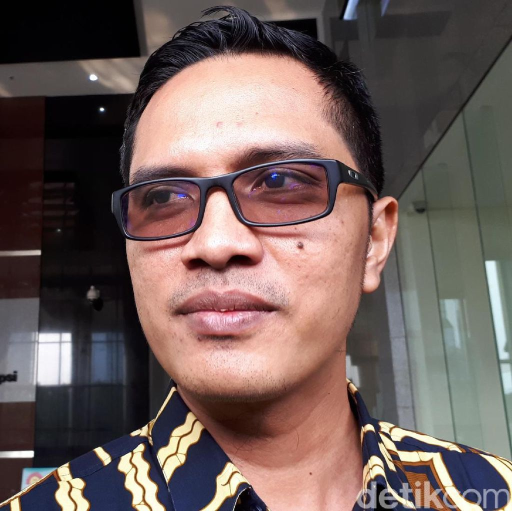 KPK Periksa GM Indonesia Power Terkait Kasus Suap Dirjen Hubla