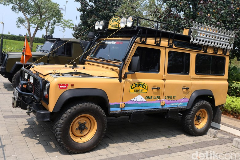 Ada di Indonesia, Land Rover Defender Ini Satu-satunya di Dunia