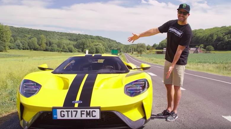 Dilarang Ngesot dengan Mobil ini, Ken Block Gatel