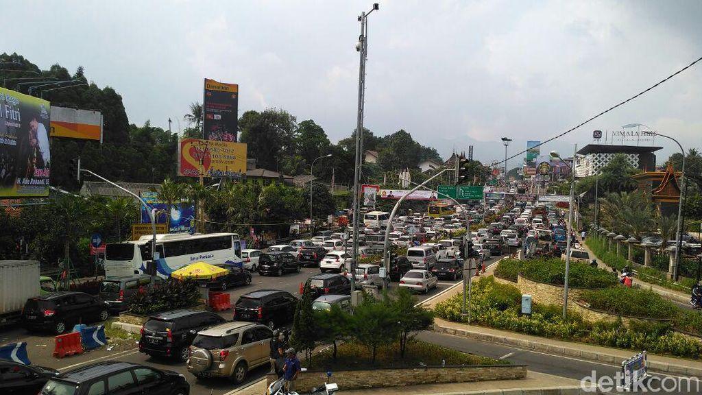 Jalan Raya Puncak Bogor akan Dilebarkan, 1.234 PKL Direlokasi