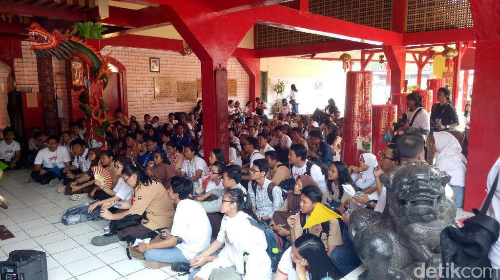 Berkunjung ke Vihara Bahtera Bhakti yang Tertua di Jakarta