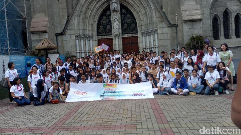 Belajar Toleransi, Ratusan Siswa Wisata ke 6 Rumah Ibadah di DKI
