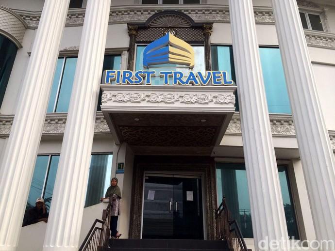 Bos Tersangka, Begini Suasana Kantor Pusat First Travel
