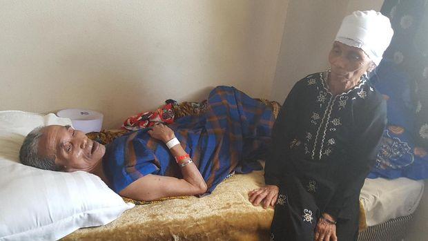 Ramai Unggahan di FB Jemaah Stroke Telantar Kagetkan Petugas Haji