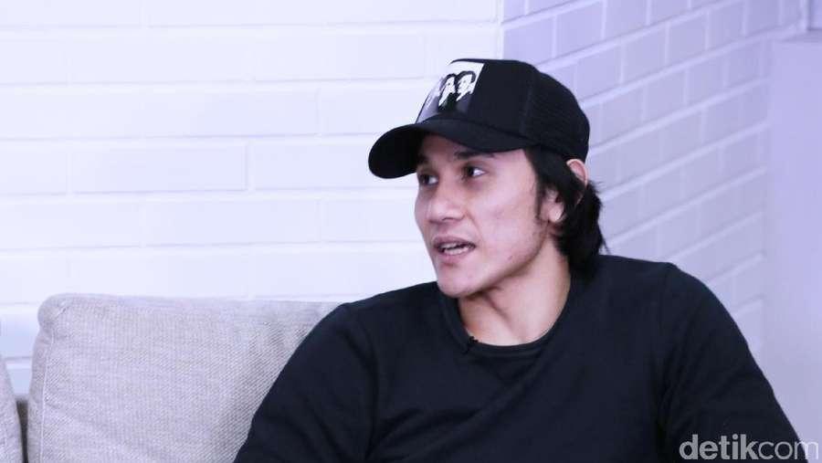 Intip Saat Ngobrol Seru Bareng Cast Warkop DKI Reborn Yuk!