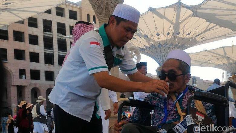 Kabar Jemaah Telantar, Kadaker: Jangan Asal Posting di Medsos!