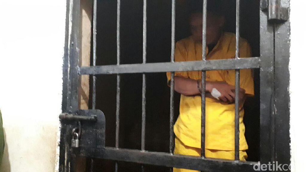 Foto: Kemarin Ngamuk, Serda Wira Kini Meringkuk dalam Tahanan