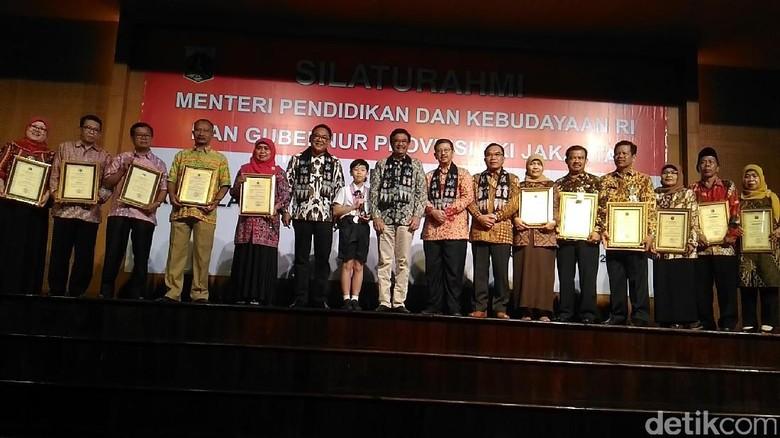 Ini Daftar Sekolah di Jakarta Peraih Penghargaan Nilai UNBK Terbaik