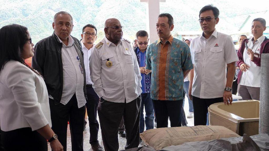 Kementerian BUMN Pantau Toko Semen di Papua
