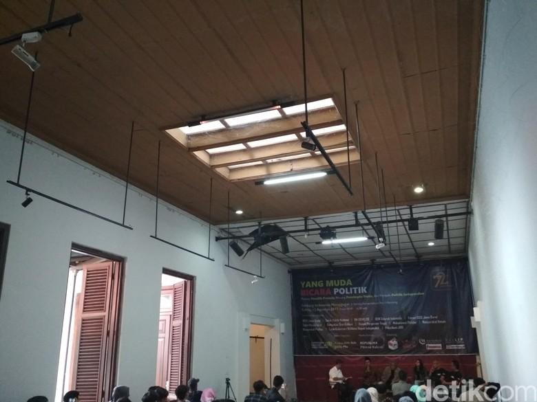 Ini Penyebab Runtuhnya Atap Gedung Indonesia Menggugat
