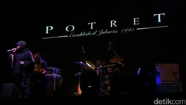 Seru-seruan Nostalgia Bareng Potret di We The Fest 2017