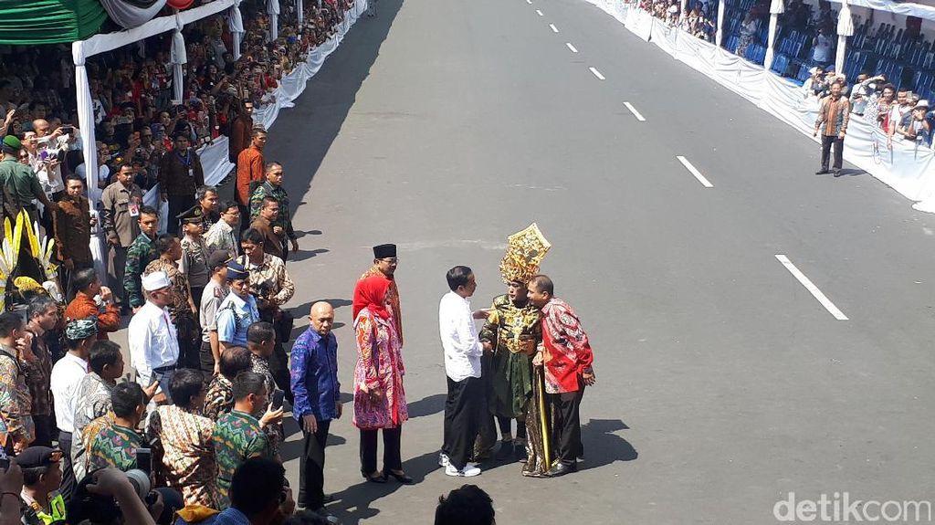 Perintah Jokowi untuk Jember Fashion Carnaval