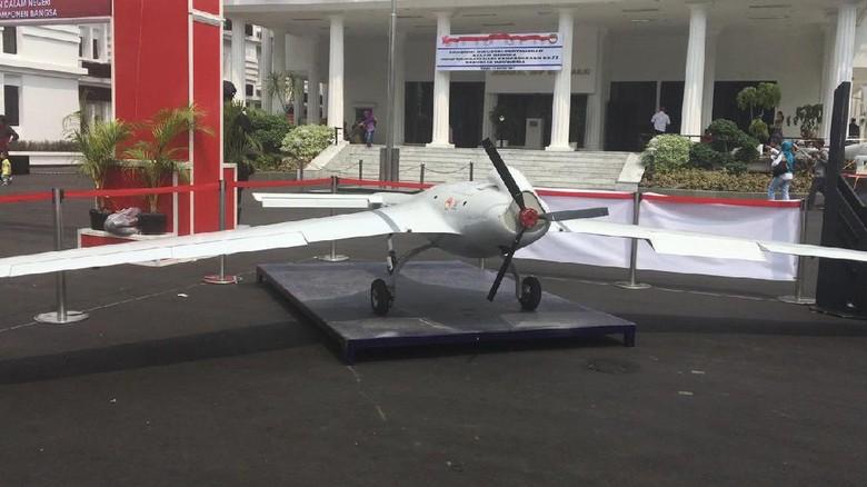 Drone Rajawali dan Impian Menyaingi Predator