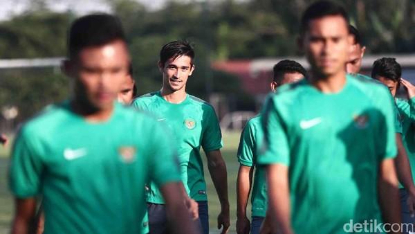 Petasan Suporter Malaysia Rupanya Lukai Gavin