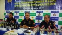 Bea Cukai Kediri Amankan 842 Botol Miras Tanpa Pita Cukai