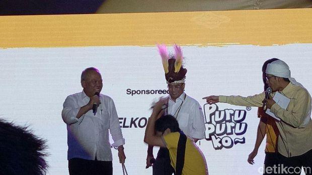 Menhub dan Menteri PUPR di acara Indonesia Happy /