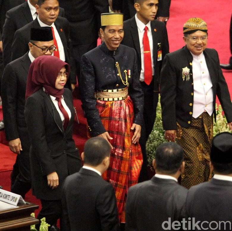 Tanggapi Survei CSIS, Istana: Pemerintah Kerja Lebih Keras Lagi