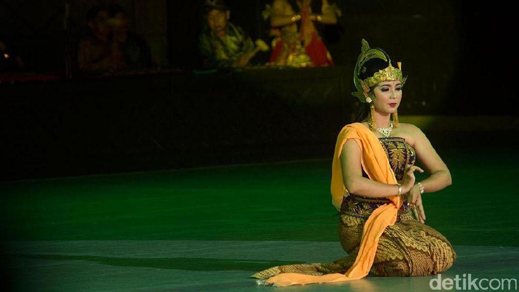 Foto: Cantiknya Dewi Shinta di Prambanan