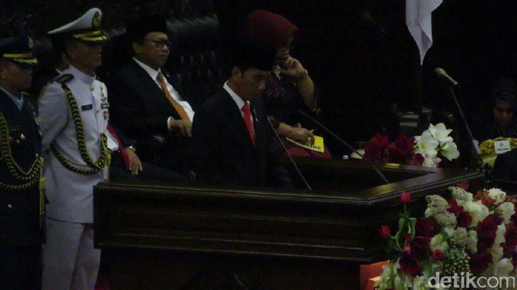 Tetap Ngebut, Ini Infrastruktur yang Bakal Dibangun Jokowi di 2018