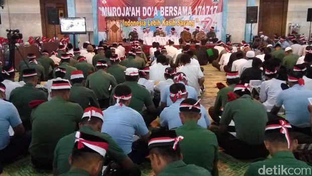 TNI di Surakarta dan sekitarnya menggelar aksi 171717