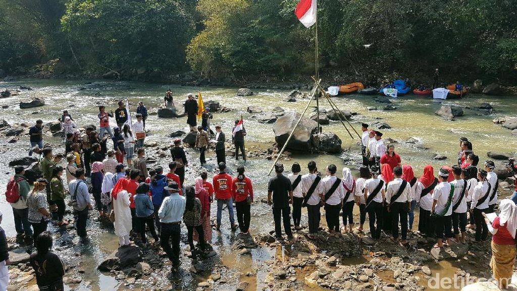 Ritual Babakti Lemah Cai, Warnai HUT RI di Sukabumi