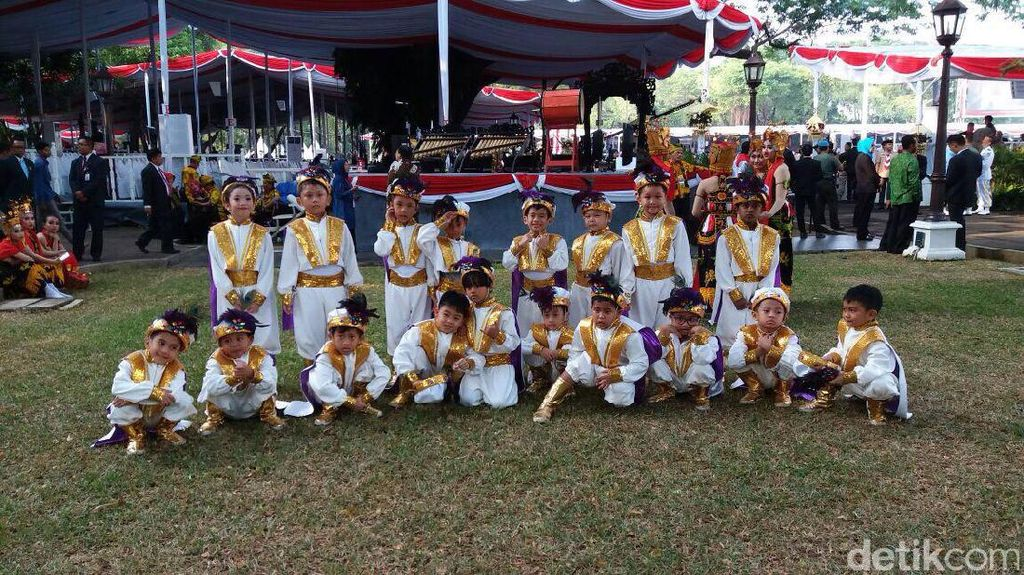 Bangganya Saat si Kecil Tampil di HUT RI ke-72 di Istana Negara