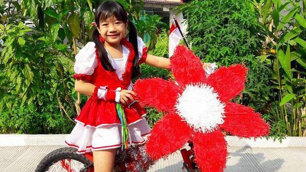 Foto: Meriahnya Sepeda Hias Anak di HUT RI ke-72