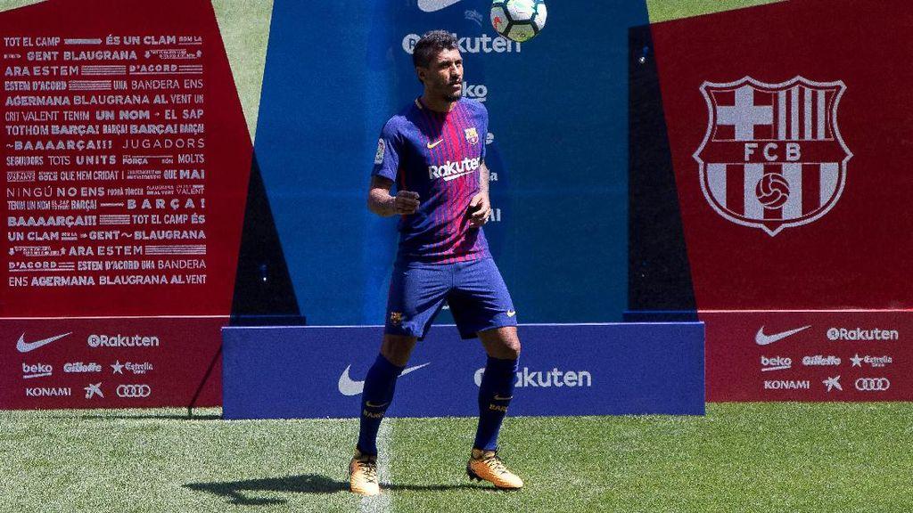 Paulinho Sudah Flop…Saat Dipresentasikan di Camp Nou