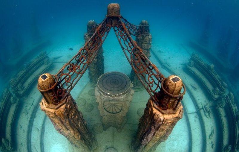 Neptune Memorial Reef, makam bawah laut yang terdapat di kawasan pesisir Key Biscayne di Florida, AS (Neptune Memorial Reef/Facebook)
