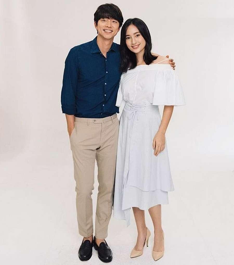 Udah Baper Liat Gong Yoo sama Tatjana Saphira? Jangan Lihat Foto Ini!