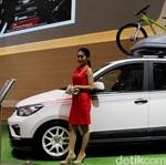 Aksi Mobil Tirai Bambu di Jalanan Indonesia
