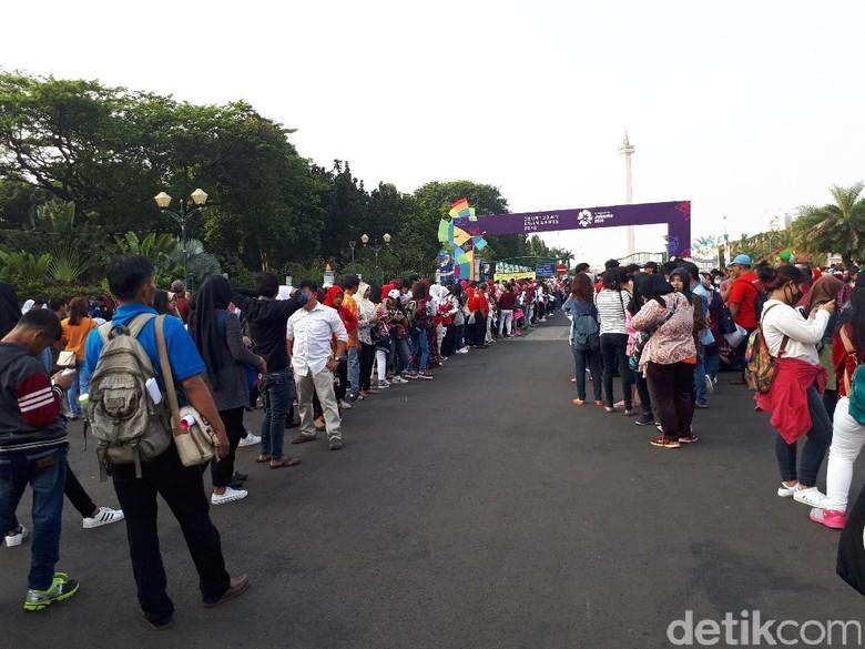 Penonton Countdown Asian Games 2018 Mulai Padati Monas