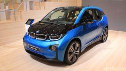 100 Ribu Mobil Listrik BMW Terjual di Seluruh Dunia