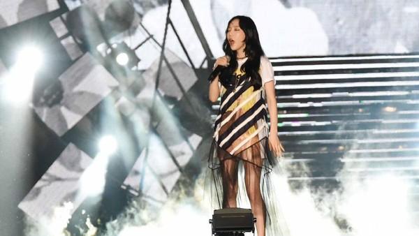 Tetap Gelar Konser Natal, Taeyeon SNSD Bikin Fans Khawatir