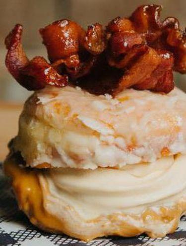 Burger, Donat dan Es Krim, Kalau Disatukan Kayak Apa Ya Rasanya?