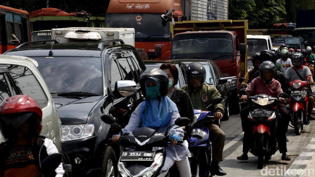 Sudah Tambah Flyover dan Underpass Tapi Jakarta Masih Macet
