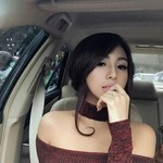 Angela Lorenza, Si Seksi yang Doyan Mobil Modif