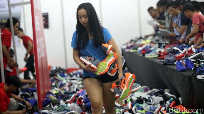 Suasana di Arena Diskon Nike di GI (Foto: Grandyos Zafna)