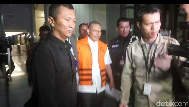 KPK Tahan Tiga Tersangka Suap 'Sapi-Kambing