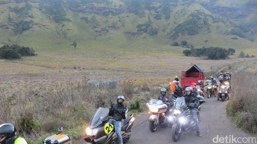 Motor Sempat Hisap Debu, Baiker Lanjutkan Perjalanan