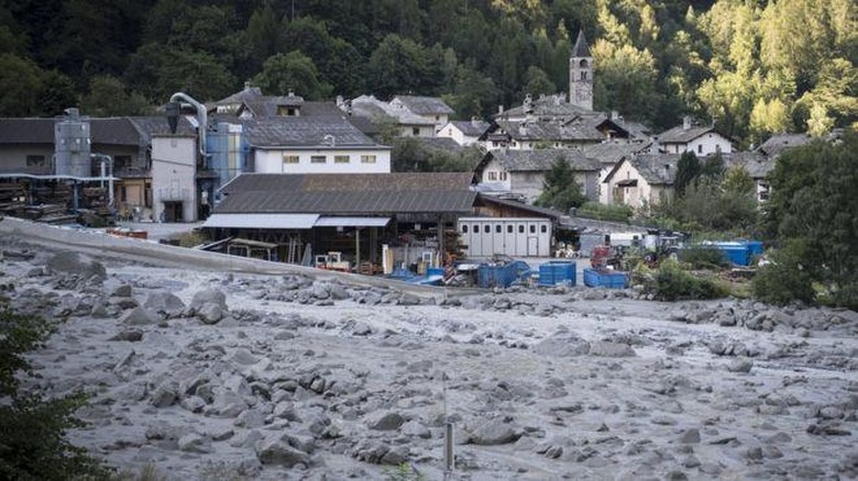 Swiss Diterjang Longsor, 8 orang Hilang