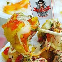 Cireng keju mozrella dari Krao The Warung, Surabaya.
